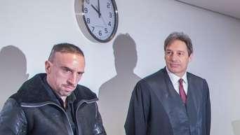 Ribéry-Prozess: Experte soll Unterschriften prüfen
