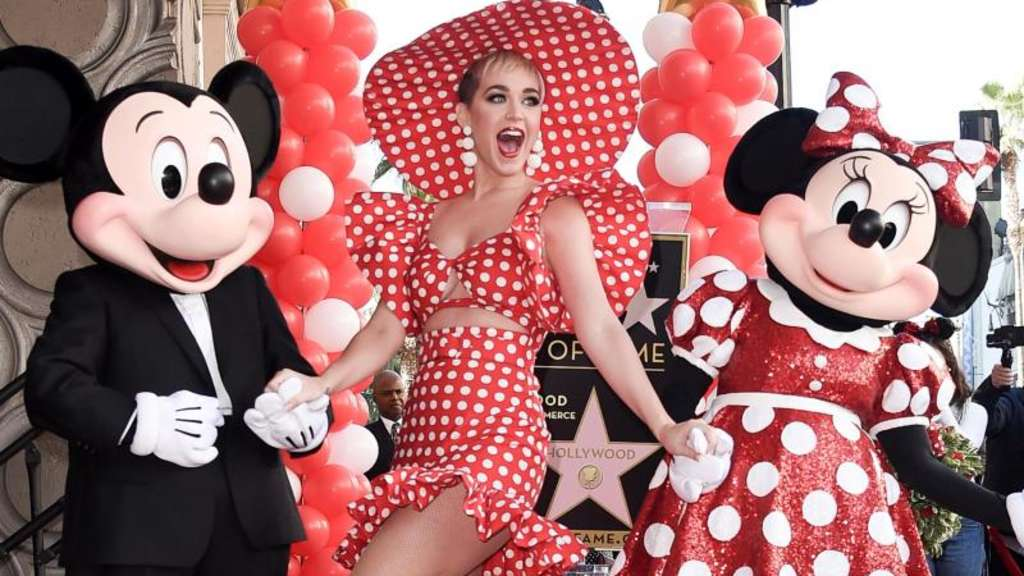 Katy Perry hat sich stylish an Minnie Maus orientiert. Foto: Richard Shotwell/Invision
