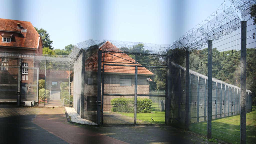 Erschütternder Bericht: Kinderschänder sollen im Gefängnis KIKA ...
