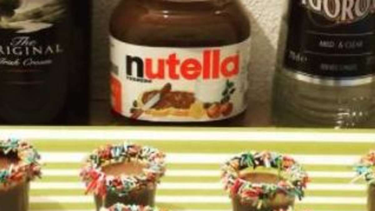 Kinderschokolade Schnaps und Likör aus Nutella, Snickers & Co. | Gastro