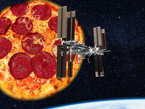 Irre: ISS-Kosmonauten backen Space-Pizza