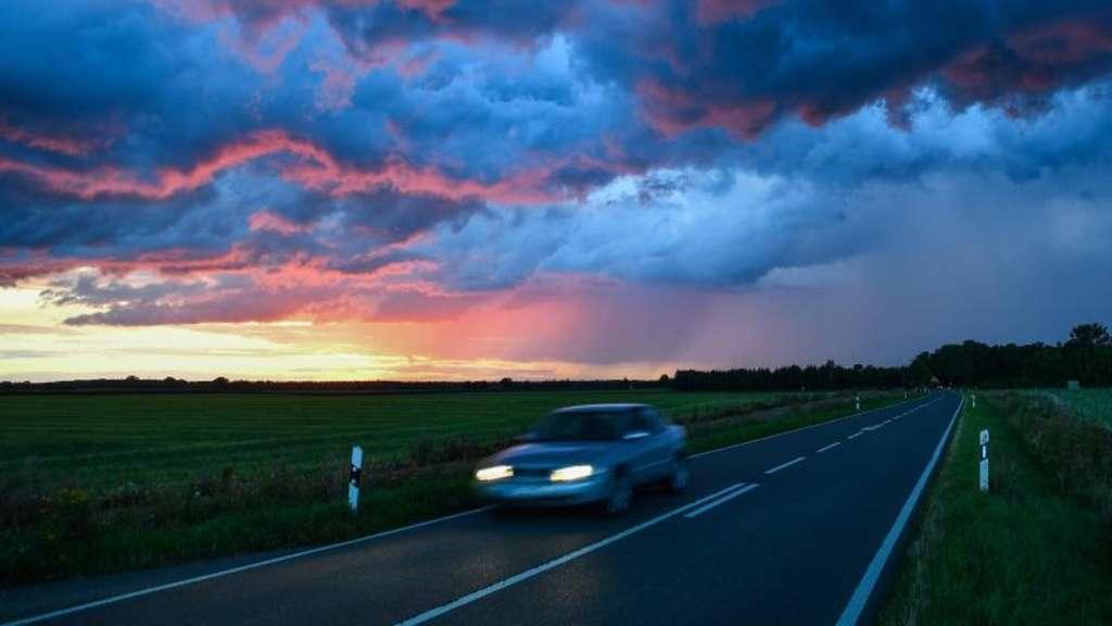 Gewittergefahren im Auto und Wohnmobil   Auto
