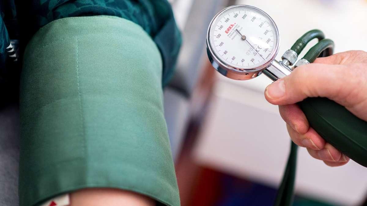 dreifachpille-neues-medikament-soll-bluthochdruck-effektiv-bek-mpfen