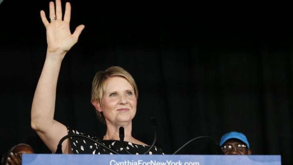 """Sex and the City""-Star Cynthia Nixon ist nach der Wahl-Schlappe nicht entmutigt. Foto: Jason Decrow/AP"