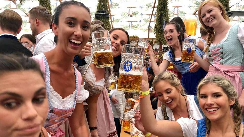Oktoberfest 2018 Im Live Ticker Sophia Thomalla Zeigt Ihr Wiesn