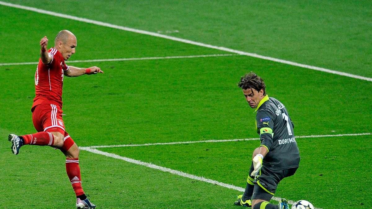 5bce6ae3f47 Bayern Munich  Arjen Robben switched to Louis van Gaal and Mark van Bommel