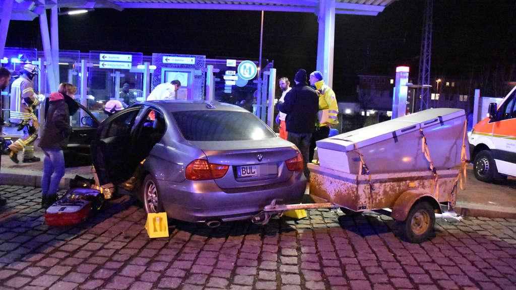 Erdingbayern Auto Rast In Häuschen Hätte Mehr Opfer Geben Können