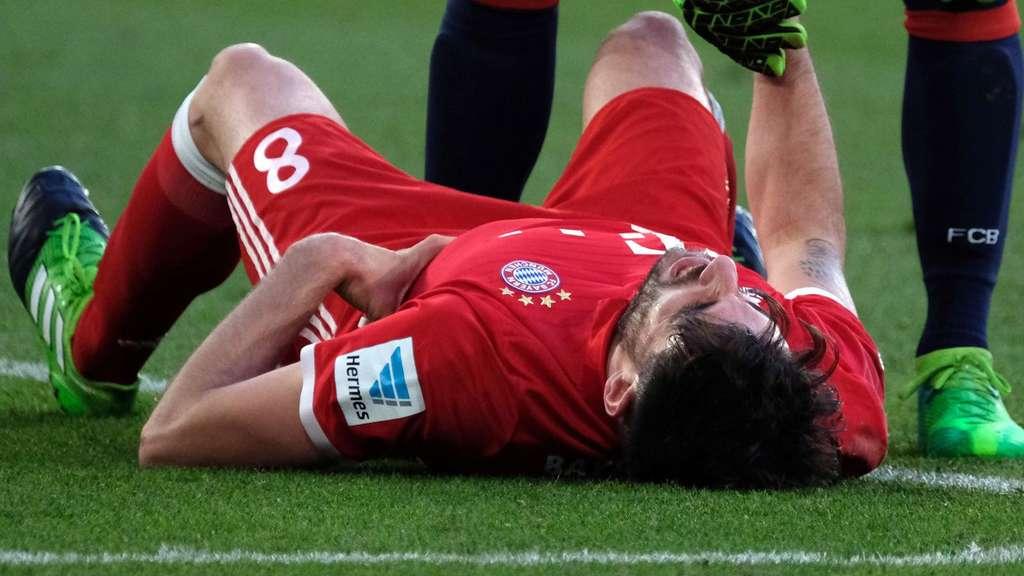 Im Bayern-Training zu Boden gegangen: Javi Martinez (Archivbild).