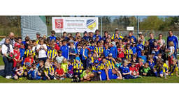 Lucky Auer coachte 124 Kinder im Ostercamp des TSV Poing
