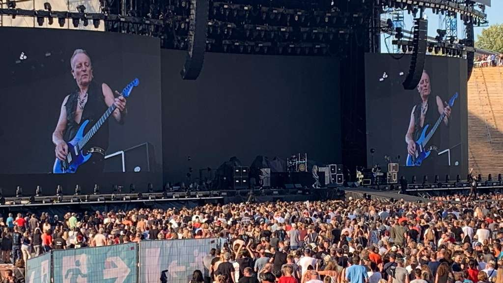Bon Jovi im Münchner Olympiastadion: Publikum singt Band an