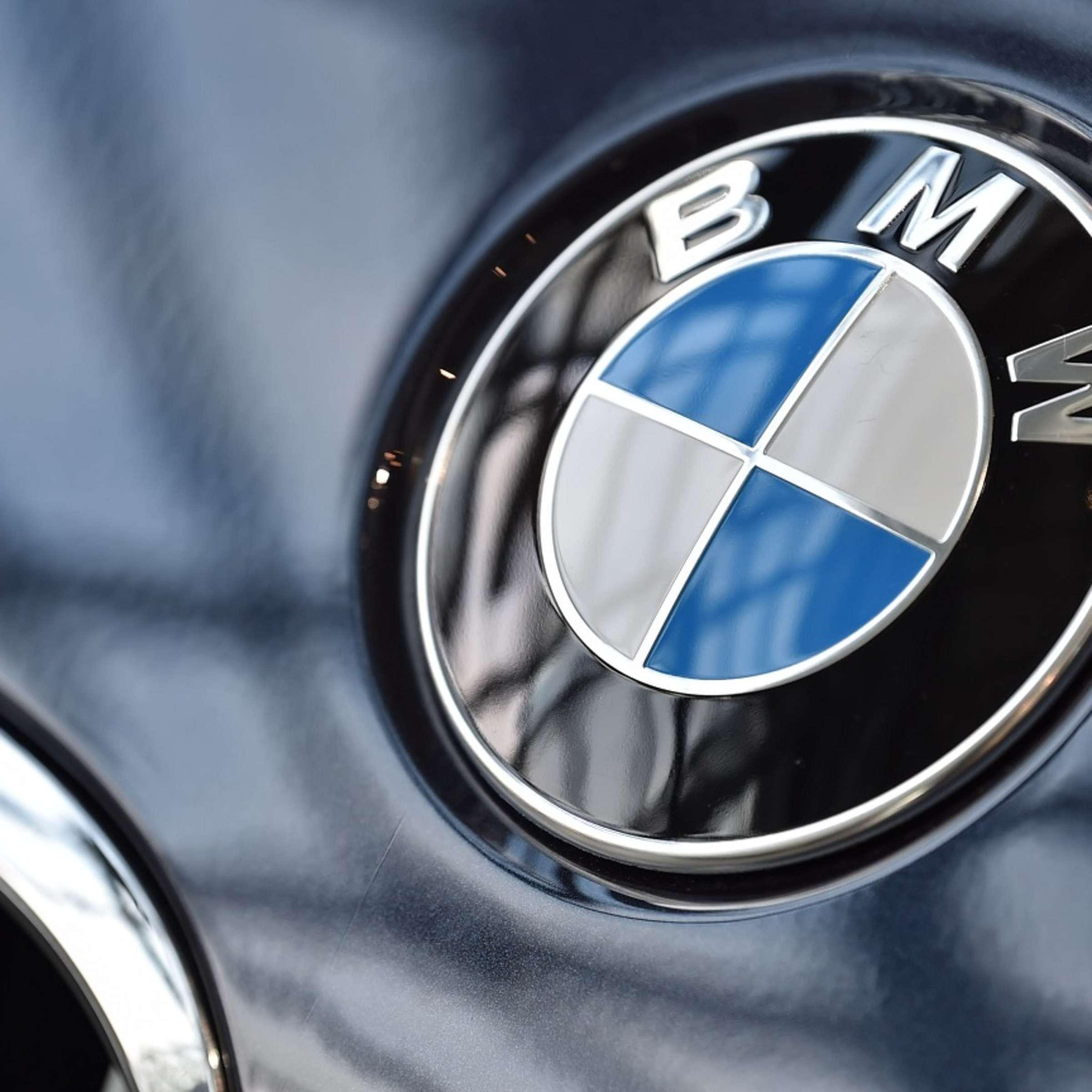 Bmw Logo Kennen Sie Die Wahre Geschichte Dahinter Auto