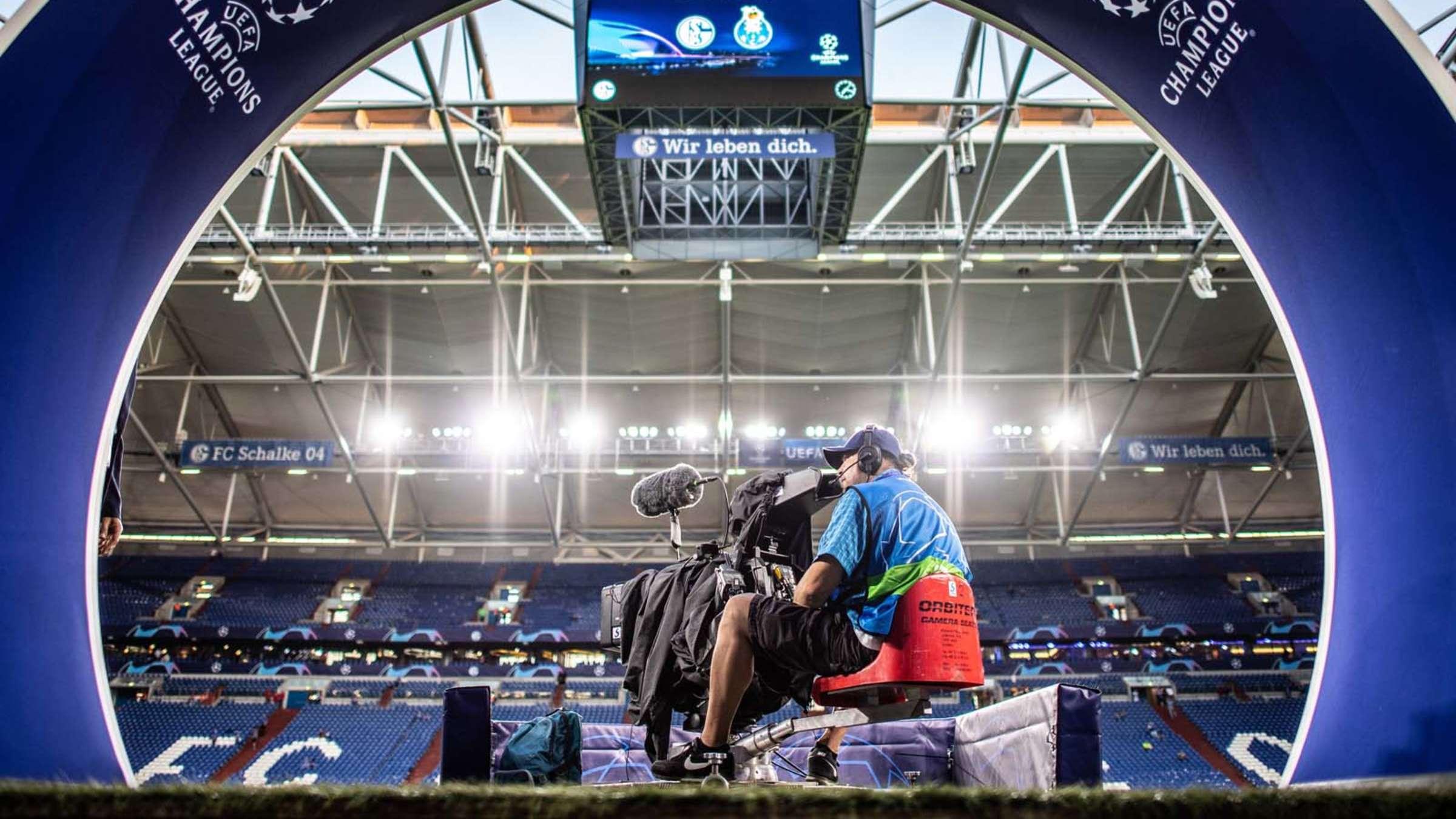 Champions League Bei Sky Und Dazn Welche Sender Zeigen Die