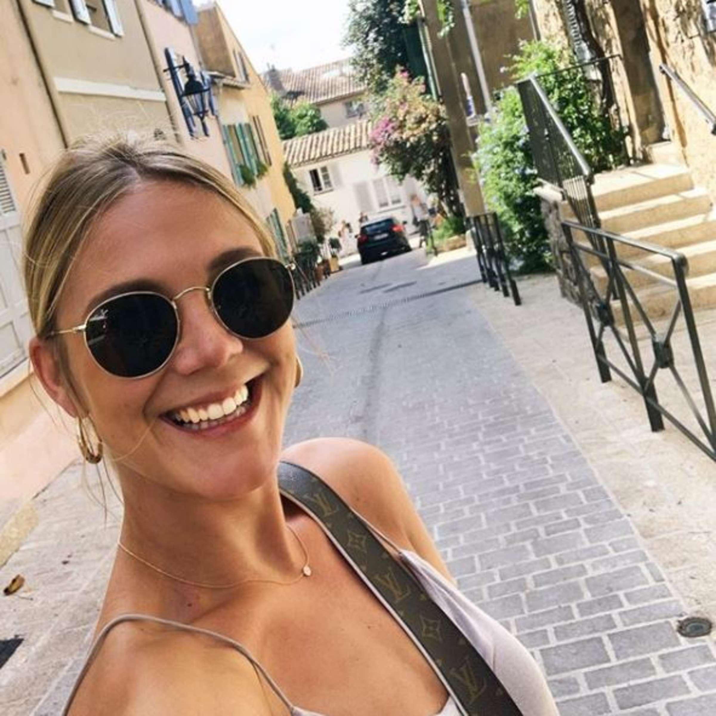 Frühstücksfernsehen sat nackt 1 moderatorin Alina Merkau