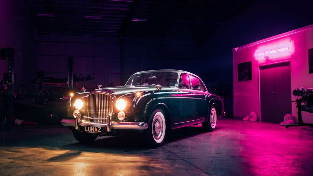 Lunaz Design elektrischer Bentley S2