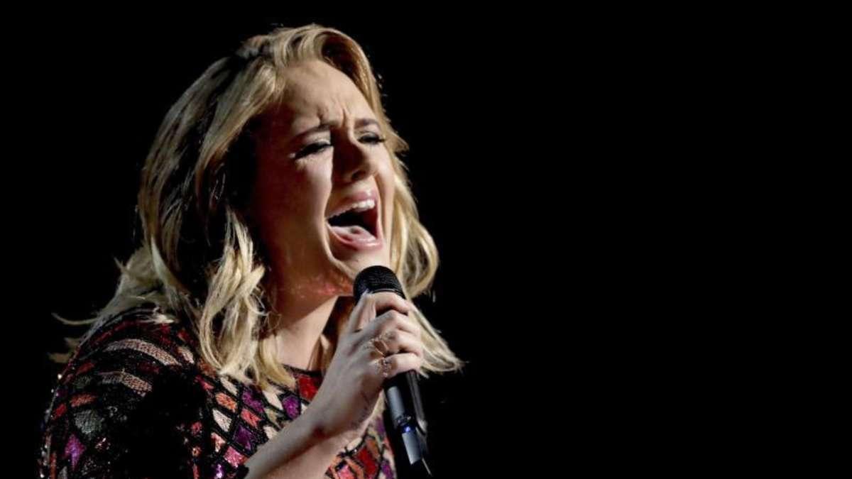 Adele: Ist sie es wirklich? Sängerin ist nicht wiederzuerkennen - Fans fordern Nachweis der Identität