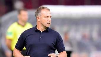 Kurioses Verbot: Kreisklassen-Maßnahme gegen FC Bayern - Hansi Flick improvisiert vor Barca-Kracher