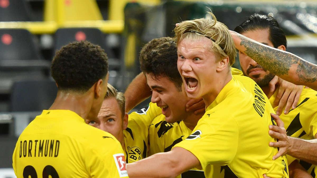 Akanji  Witsel: Mensch oder ICE? Dortmund-Star trifft nach irrem...