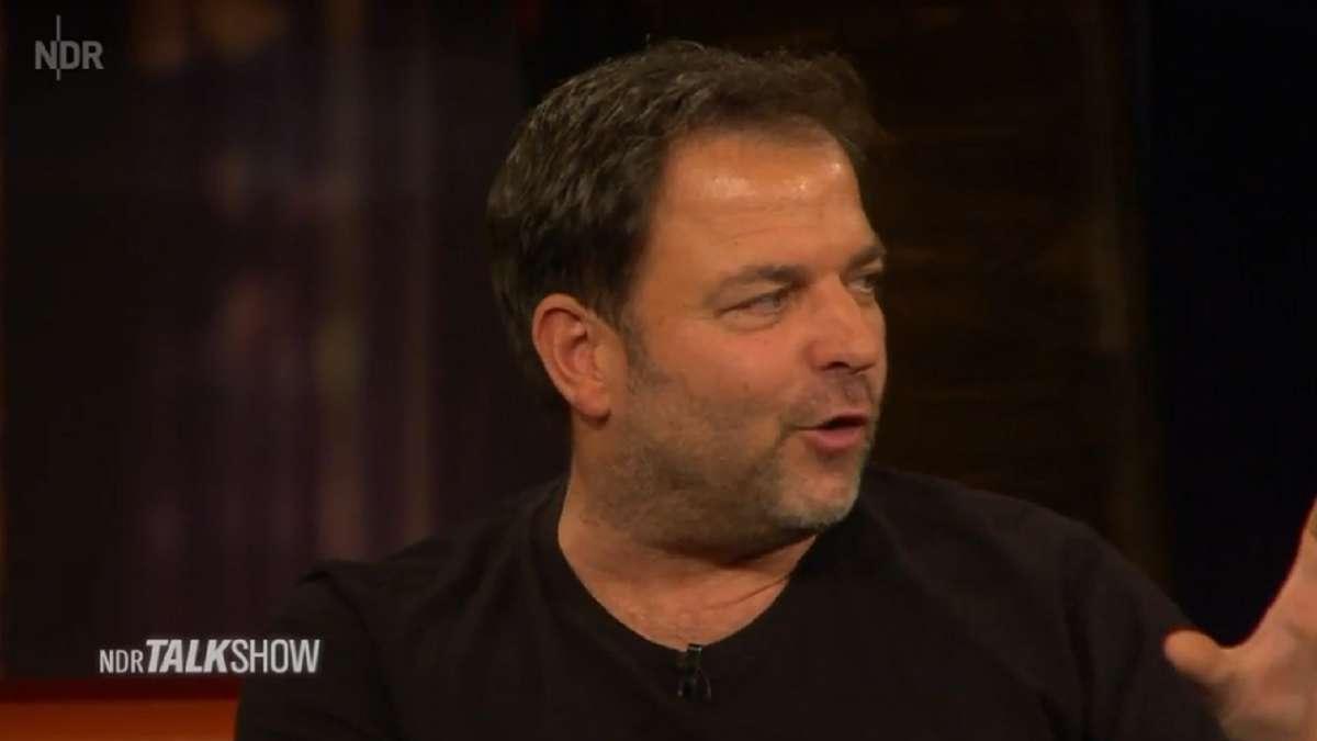 Martin Rütter: TV-Hundeprofi erschüttert mit Geständnis über Mutter -...
