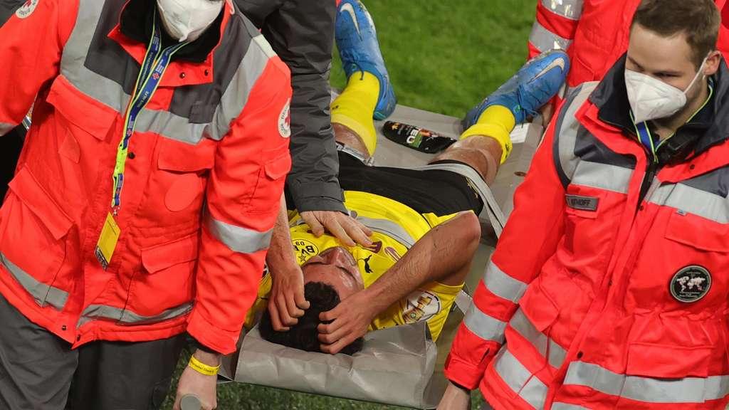 Borussia Dortmund: Mateu Morey verletzte sich gegen Kiel schwer.