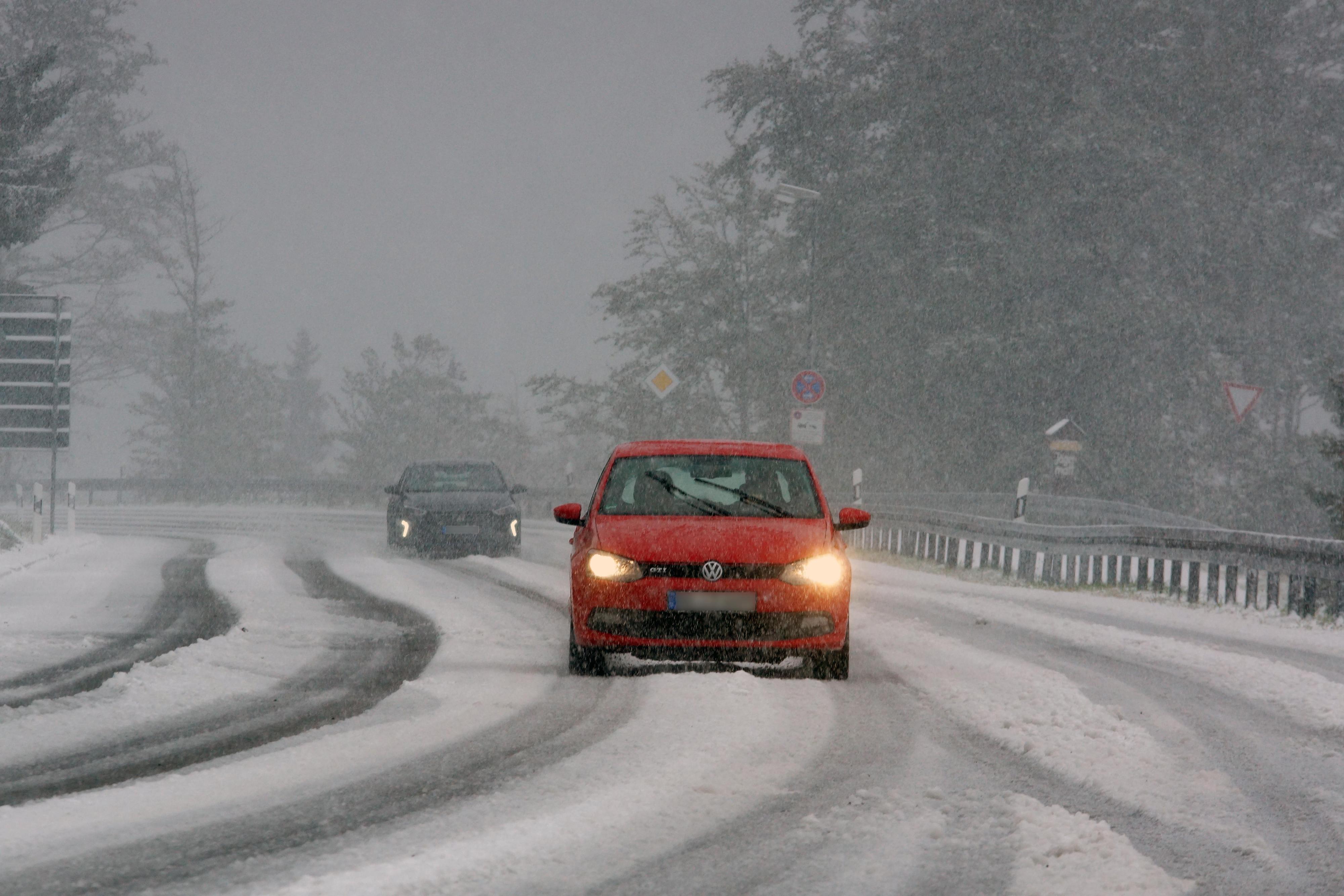 Wetter-Experte warnt: Bis zu 20 Zentimeter Neuschnee in Bayern möglich - München vor Temperatursturz